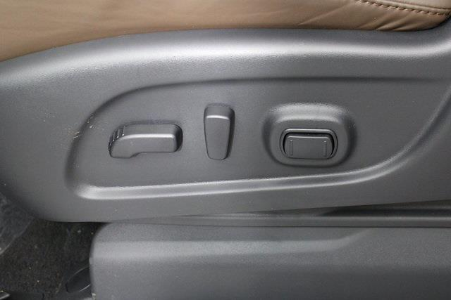 2021 Nissan Titan 4x4, Pickup #D517257 - photo 14