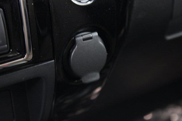 2021 Nissan Titan 4x4, Pickup #D517257 - photo 26