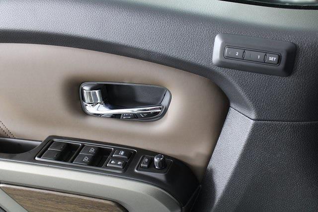 2021 Nissan Titan 4x4, Pickup #D517257 - photo 32