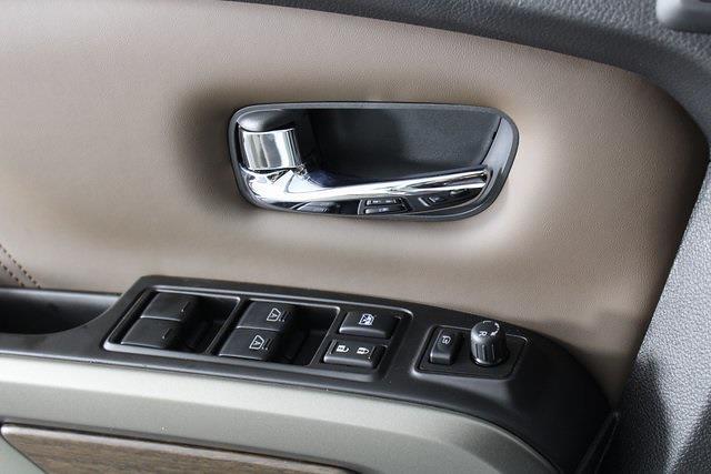 2021 Nissan Titan 4x4, Pickup #D517257 - photo 35