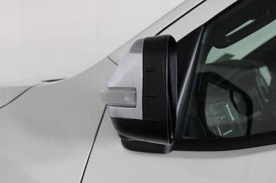 2021 Nissan Titan 4x4, Pickup #D517257 - photo 10