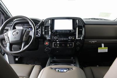 2021 Nissan Titan 4x4, Pickup #D517257 - photo 16