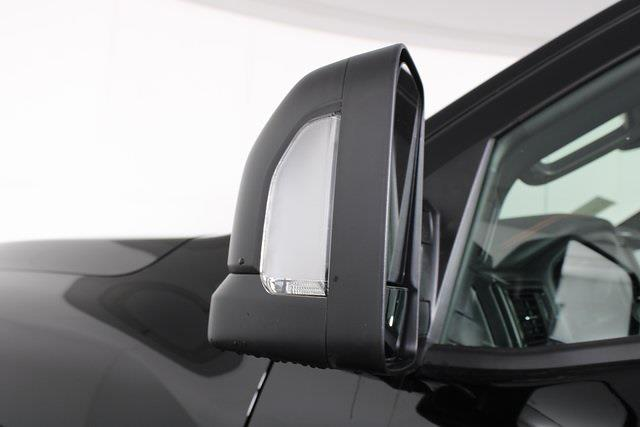 2021 Nissan Titan 4x4, Pickup #D520091 - photo 10