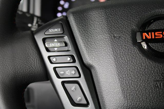 2021 Nissan Titan 4x4, Pickup #D520091 - photo 27