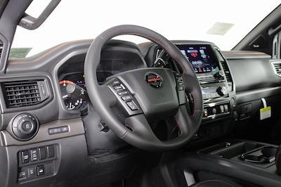 2021 Nissan Titan 4x4, Pickup #D520091 - photo 11