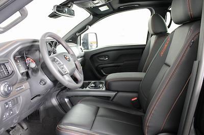 2021 Nissan Titan 4x4, Pickup #D520091 - photo 12