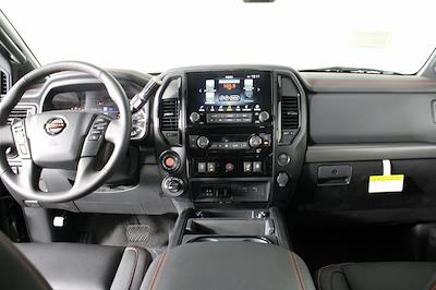 2021 Nissan Titan 4x4, Pickup #D520091 - photo 15