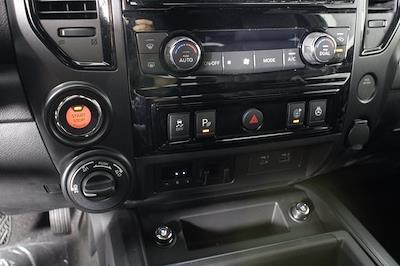 2021 Nissan Titan 4x4, Pickup #D520091 - photo 17