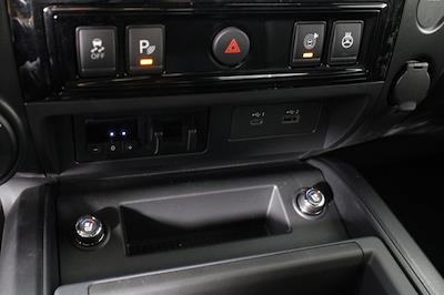 2021 Nissan Titan 4x4, Pickup #D520091 - photo 21