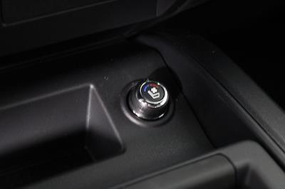 2021 Nissan Titan 4x4, Pickup #D520091 - photo 23