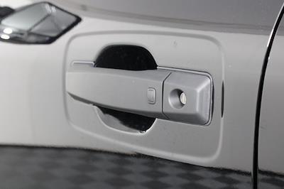 2021 Nissan Titan 4x4, Pickup #D520091 - photo 9