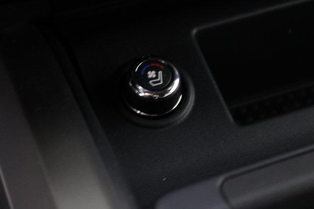 2021 Nissan Titan 4x4, Pickup #D520396 - photo 26