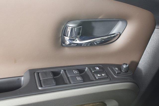 2021 Nissan Titan 4x4, Pickup #D520396 - photo 34