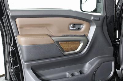 2021 Nissan Titan 4x4, Pickup #D520396 - photo 12