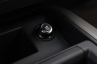 2021 Nissan Titan 4x4, Pickup #D520396 - photo 27