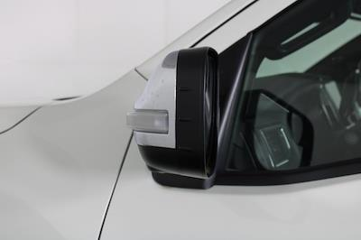 2021 Nissan Titan 4x4, Pickup #D521950 - photo 12