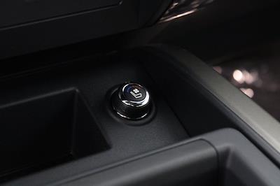 2021 Nissan Titan 4x4, Pickup #D521950 - photo 27