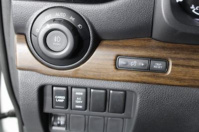 2021 Nissan Titan 4x4, Pickup #D521950 - photo 33