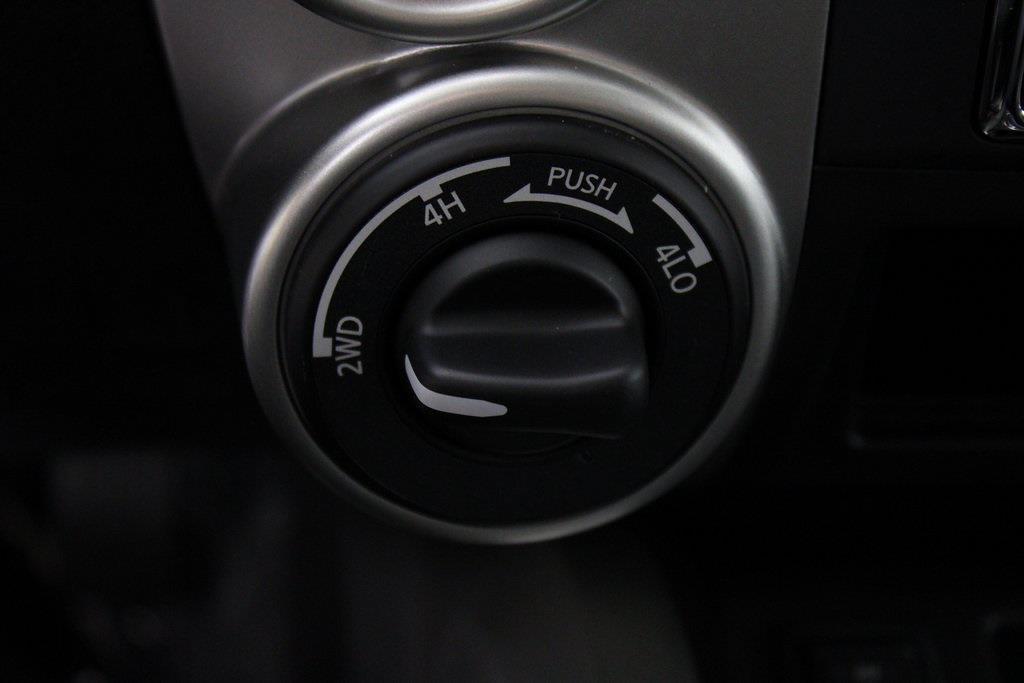 2021 Nissan Titan 4x4, Pickup #D525533 - photo 19