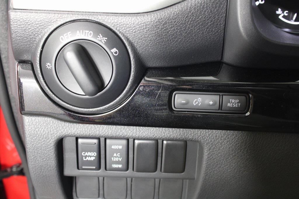 2021 Nissan Titan 4x4, Pickup #D525533 - photo 28