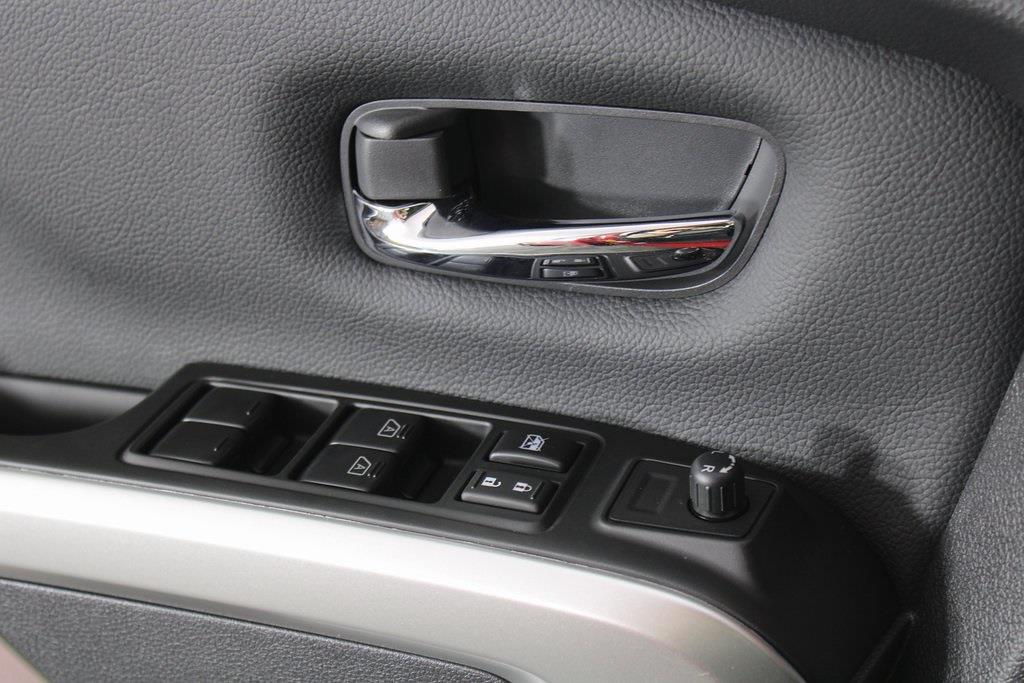 2021 Nissan Titan 4x4, Pickup #D525533 - photo 29