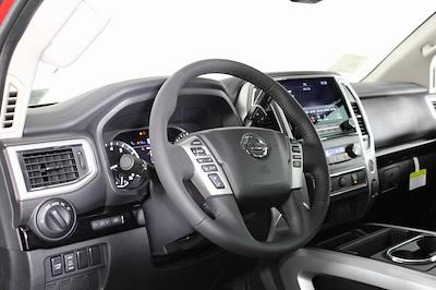 2021 Nissan Titan 4x4, Pickup #D525533 - photo 10