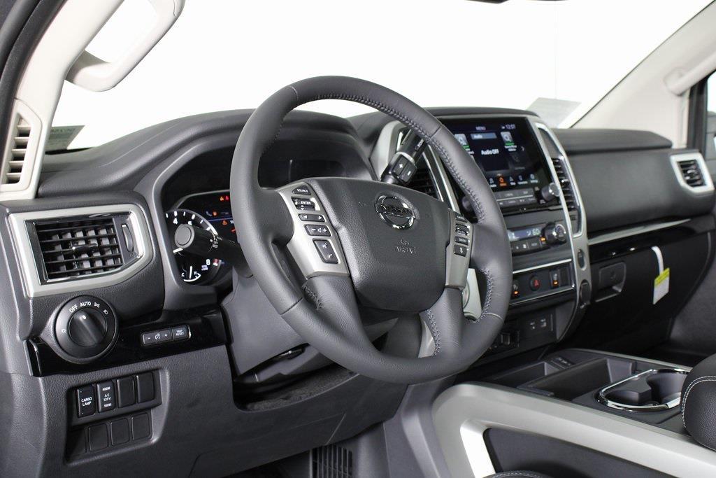 2021 Nissan Titan 4x4, Pickup #D525672 - photo 11