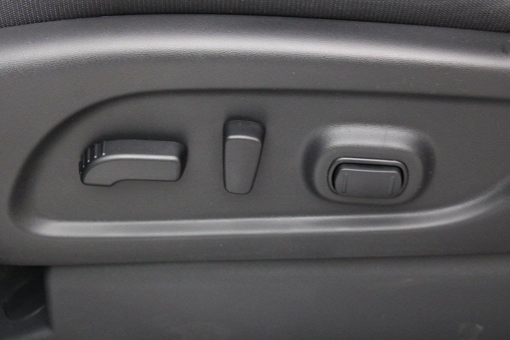 2021 Nissan Titan 4x4, Pickup #D525672 - photo 13