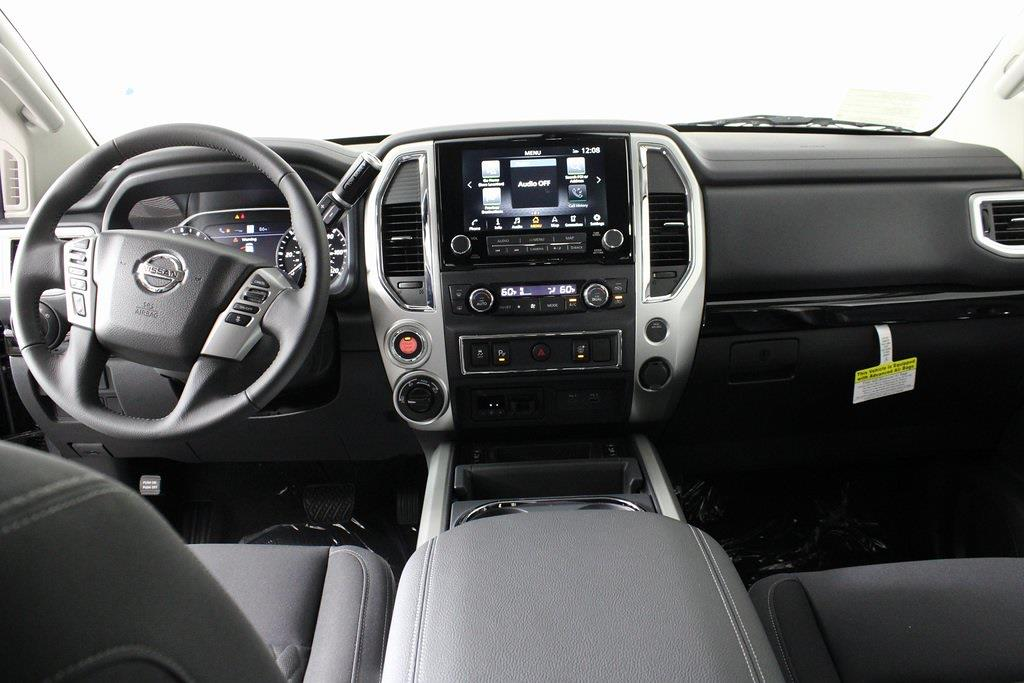 2021 Nissan Titan 4x4, Pickup #D525672 - photo 15