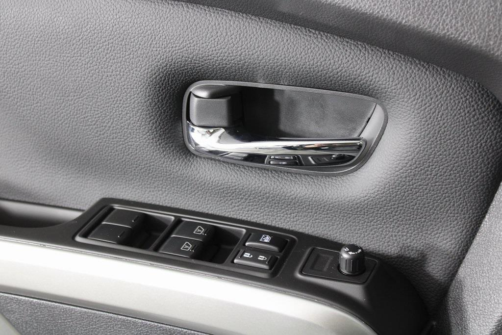 2021 Nissan Titan 4x4, Pickup #D525672 - photo 29