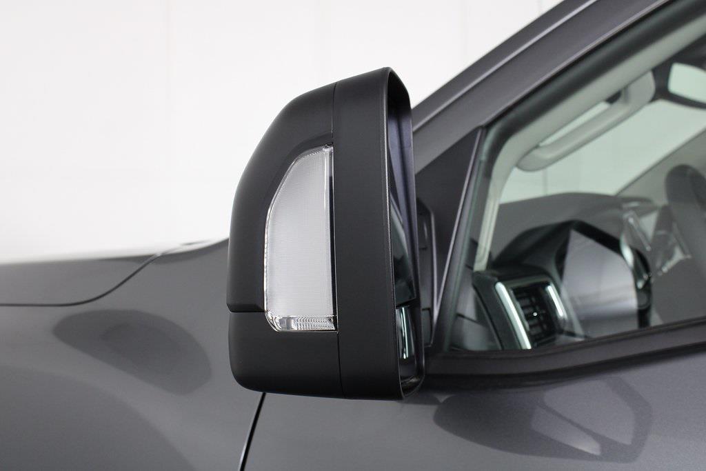2021 Nissan Titan 4x4, Pickup #D525672 - photo 9