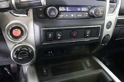 2021 Nissan Titan 4x4, Pickup #D525672 - photo 21