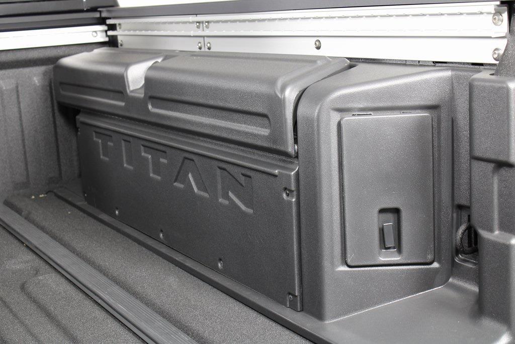 2021 Nissan Titan 4x4, Pickup #D525883 - photo 16
