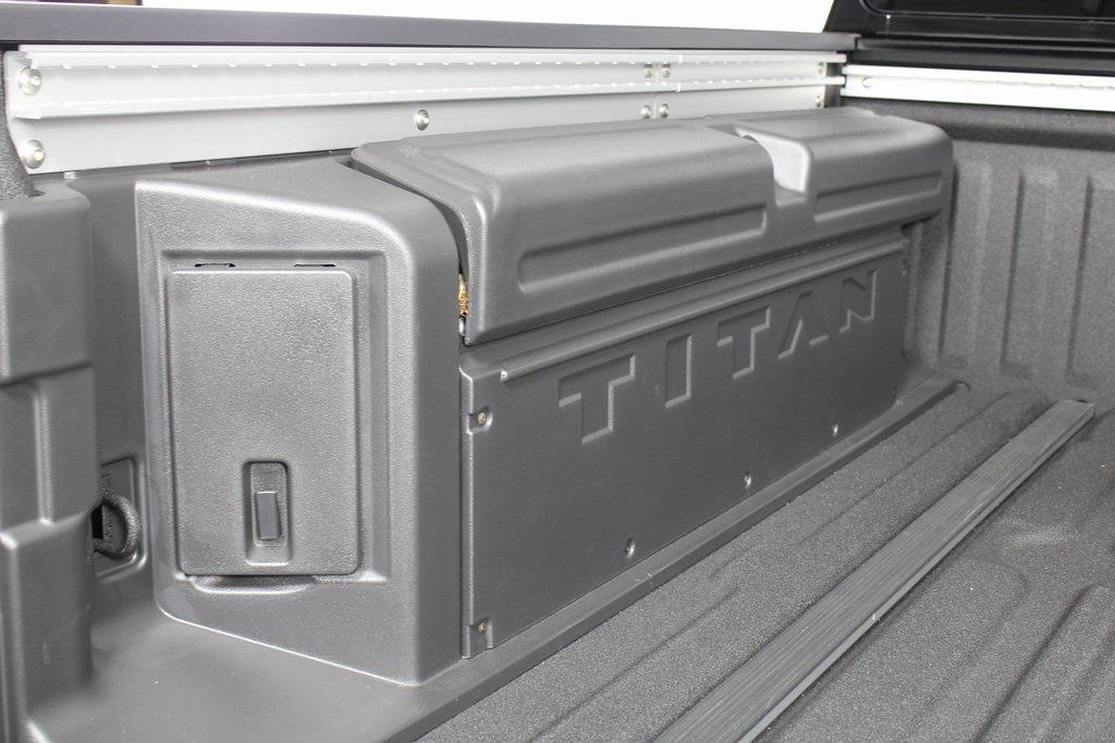 2021 Nissan Titan 4x4, Pickup #D525883 - photo 17