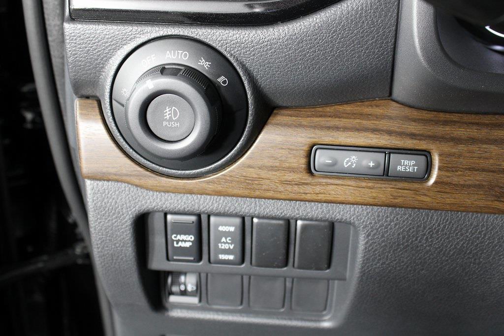 2021 Nissan Titan 4x4, Pickup #D525883 - photo 30