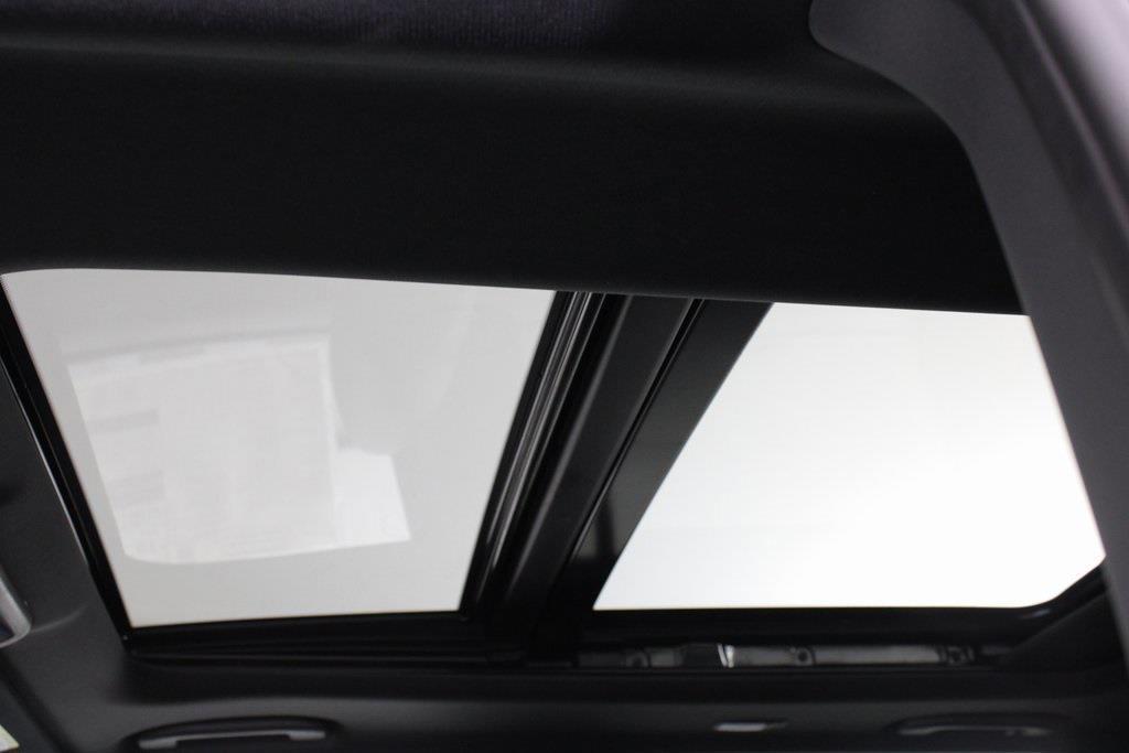 2021 Nissan Titan 4x4, Pickup #D525883 - photo 33
