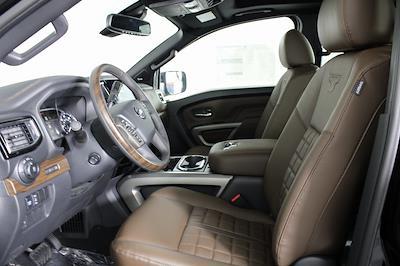 2021 Nissan Titan 4x4, Pickup #D525883 - photo 11