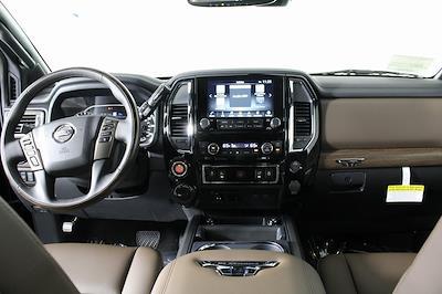 2021 Nissan Titan 4x4, Pickup #D525883 - photo 14