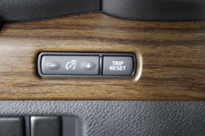 2021 Nissan Titan 4x4, Pickup #D525883 - photo 31