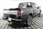 2021 Nissan Titan 4x4, Pickup #D526591 - photo 2