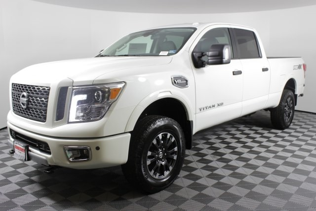 2019 Titan XD Crew Cab, Pickup #D531047 - photo 5