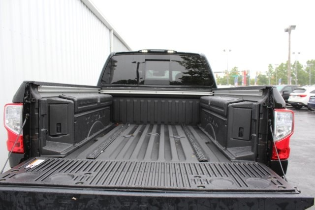 2018 Titan XD Crew Cab,  Pickup #D535759 - photo 6