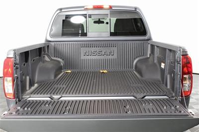 2020 Nissan Frontier Crew Cab 4x4, Pickup #D706670 - photo 8