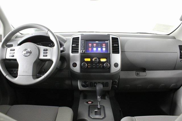 2020 Nissan Frontier Crew Cab 4x4, Pickup #D709731 - photo 12