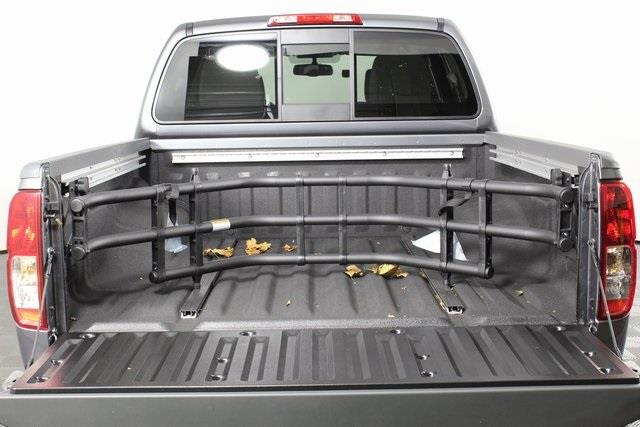 2020 Nissan Frontier Crew Cab 4x4, Pickup #D709731 - photo 3