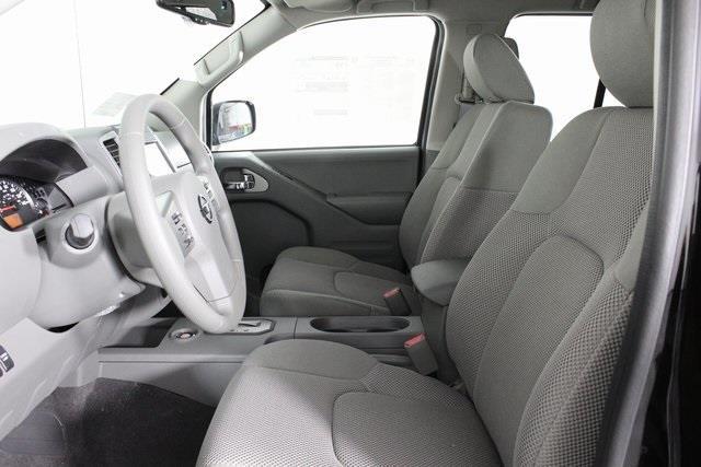 2020 Nissan Frontier Crew Cab 4x4, Pickup #D710204 - photo 10