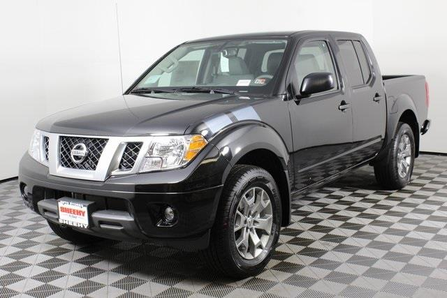 2020 Nissan Frontier Crew Cab 4x4, Pickup #D710204 - photo 5