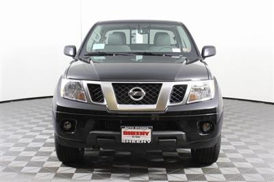 2020 Nissan Frontier Crew Cab 4x4, Pickup #D710204 - photo 3