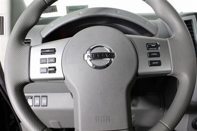2020 Nissan Frontier Crew Cab 4x4, Pickup #D710204 - photo 21