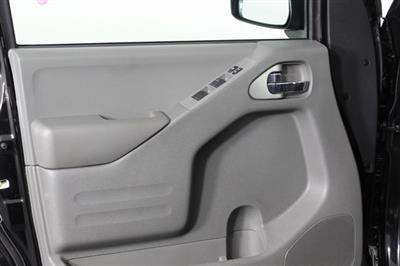 2020 Nissan Frontier Crew Cab 4x4, Pickup #D710204 - photo 8